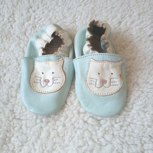 3/$20🎀 leather baby shoes 0-6 months